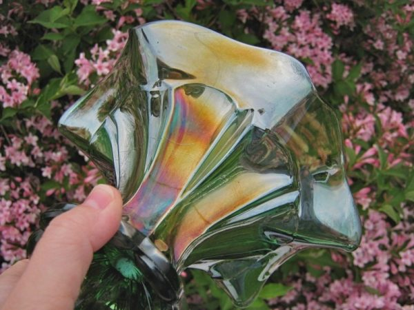 Antique Imperial Green Columbia Carnival Glass Sides Up Flared Vase