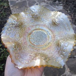 Antique Fenton Vaseline Leaf Chain Carnival Glass Bowl
