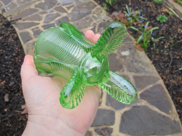 Antique Northwood Ice Green Daisy & Drape Carnival Glass Vase