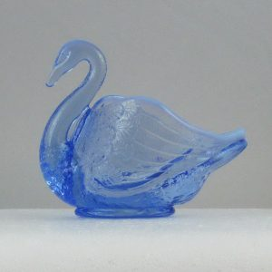 Fenton Florentine Ice Green Carnival Glass Pastel Swan Salt