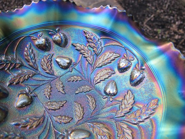 Antique Northwood Electric Amethyst Stippled Strawberry Carnival Glass Bowl