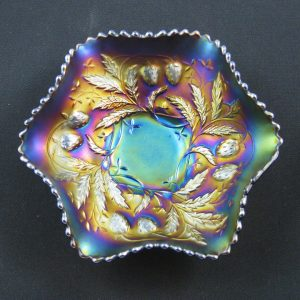 Antique Northwood Amethyst Wild Strawberry Carnival Glass Berry Bowl