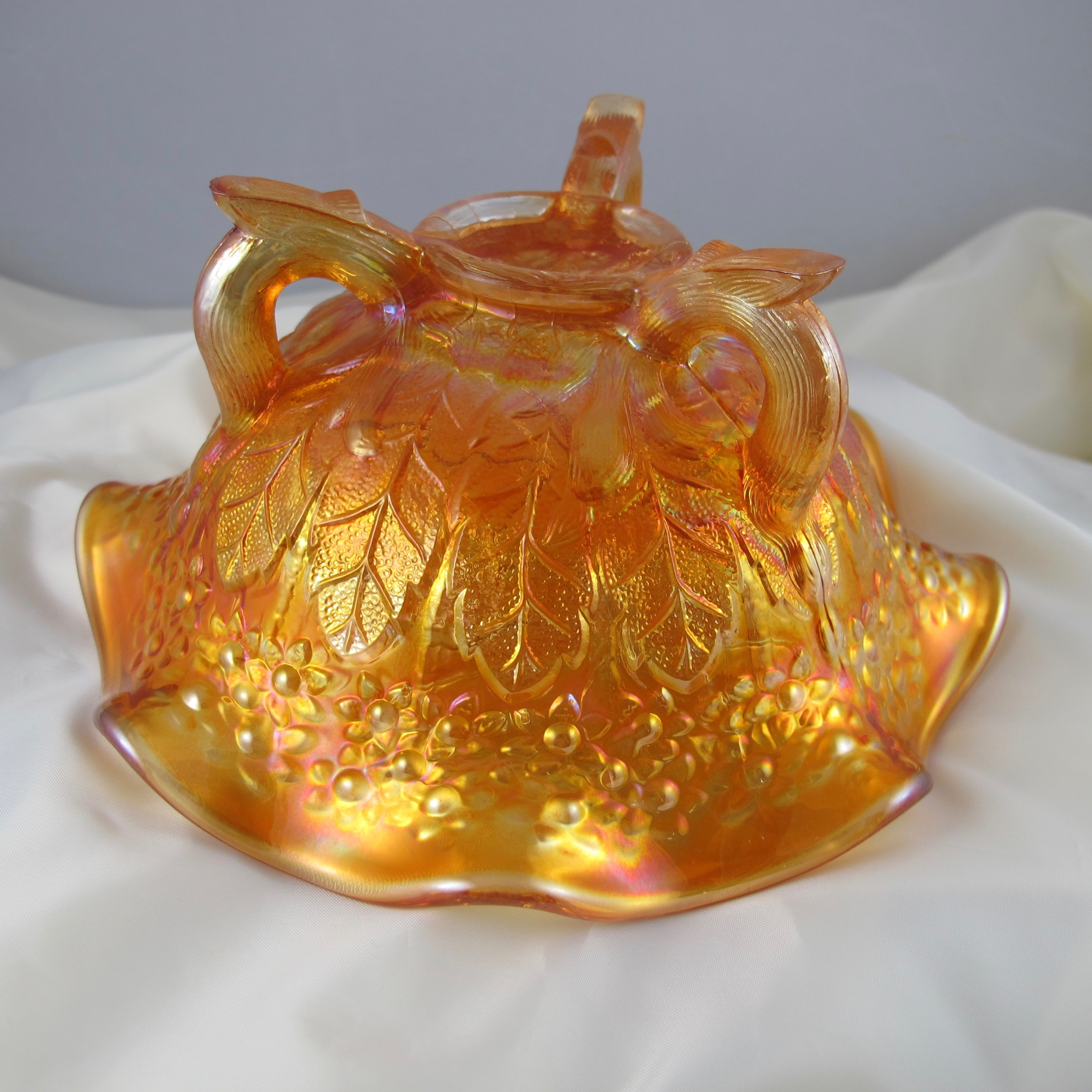 Fenton Marigold Lions Fenton S Flowers Carnival Glass Ruffled Bowl Carnival Glass