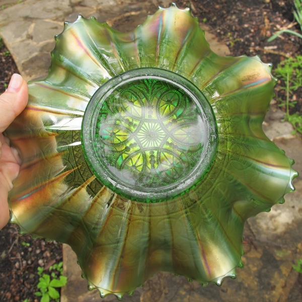 Antique Northwood Hearts & Flowers Green Carnival Glass Bowl