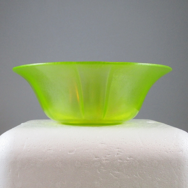 Antique US Glass Topaz Vaseline #314 Stretch Glass Bowl