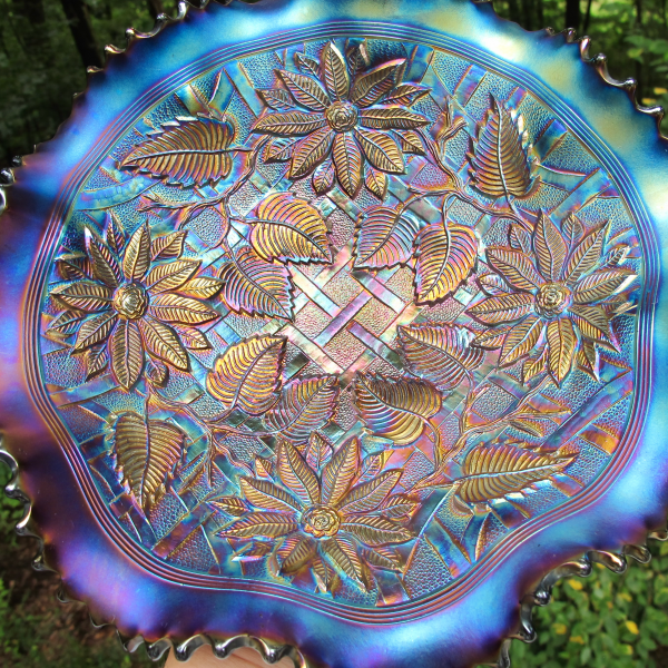 Antique Northwood Poinsettia & Lattice Amethyst Carnival Glass Bowl