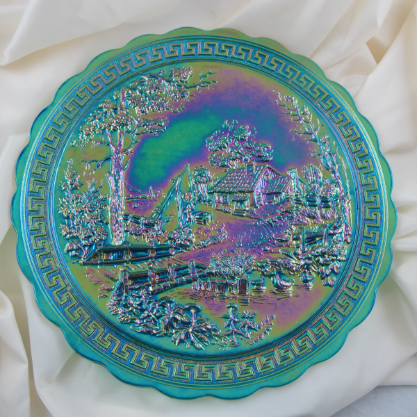 Summit – Imperial Emerald Green Homestead Carnival Glass Plate