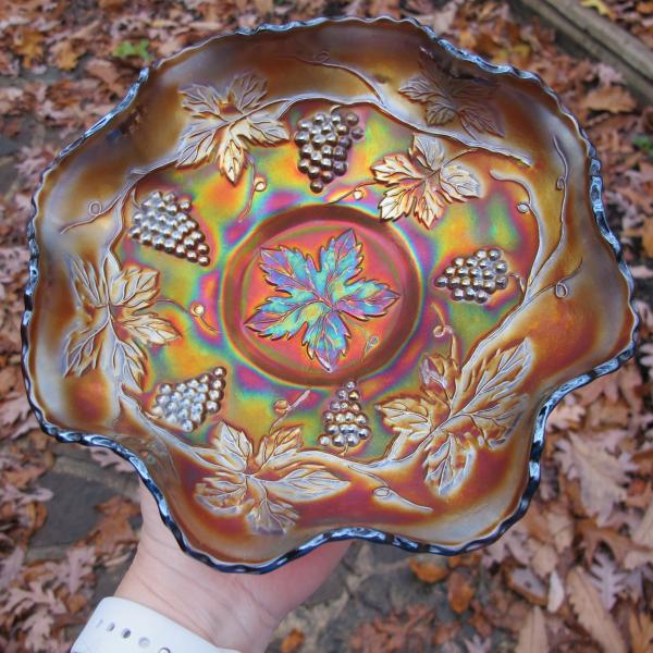 Antique Fenton Vintage Grape Amethyst Carnival Glass Bowl