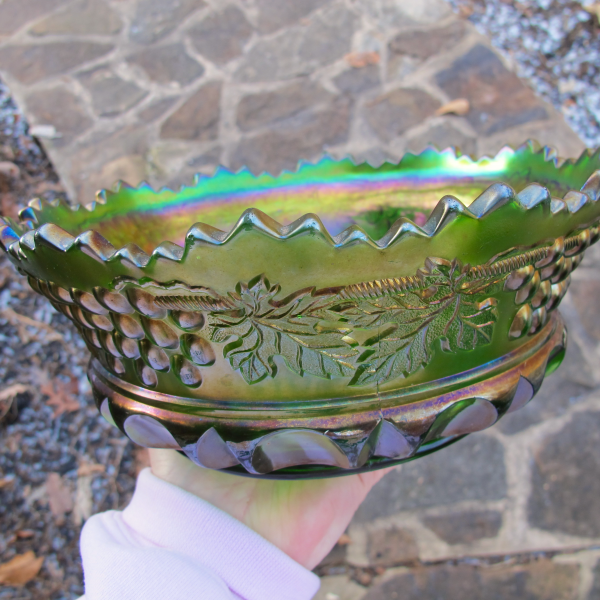 Antique Northwood Grape & Cable TP Green Carnival Glass Master Berry Bowl